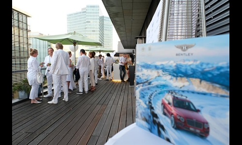 Foto der News Bentley White Night